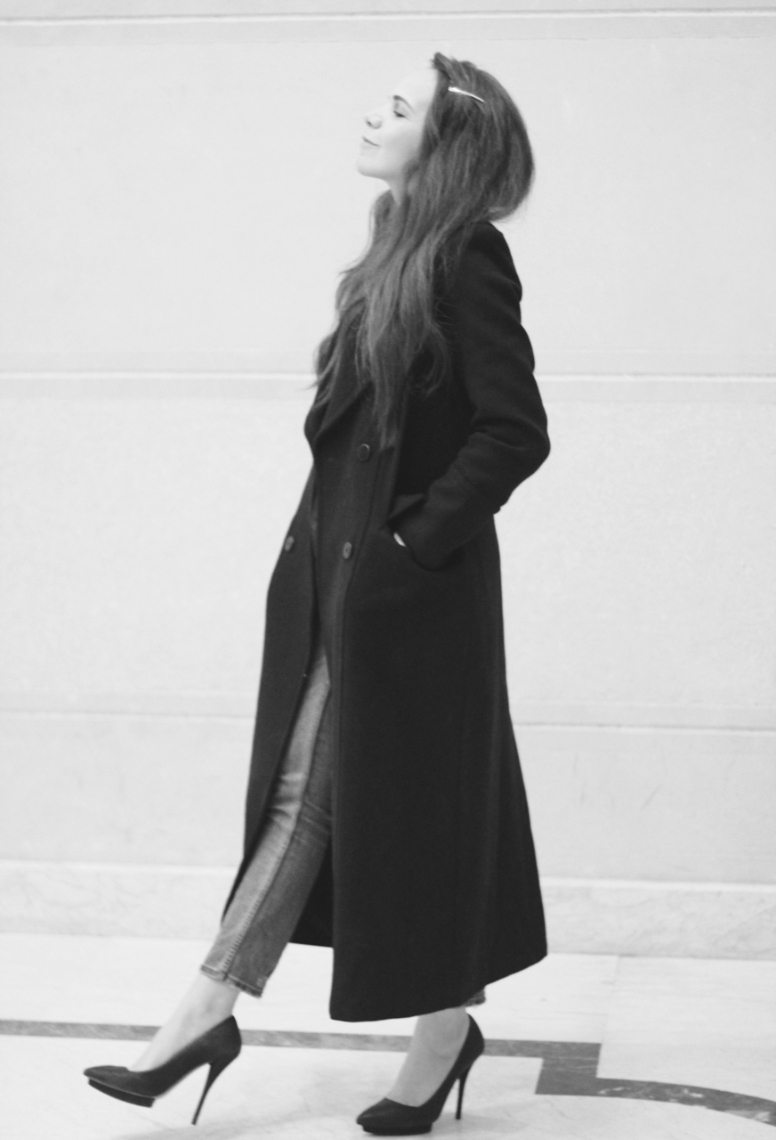 effortlessly-fast-fashion-paradoxes-photos3