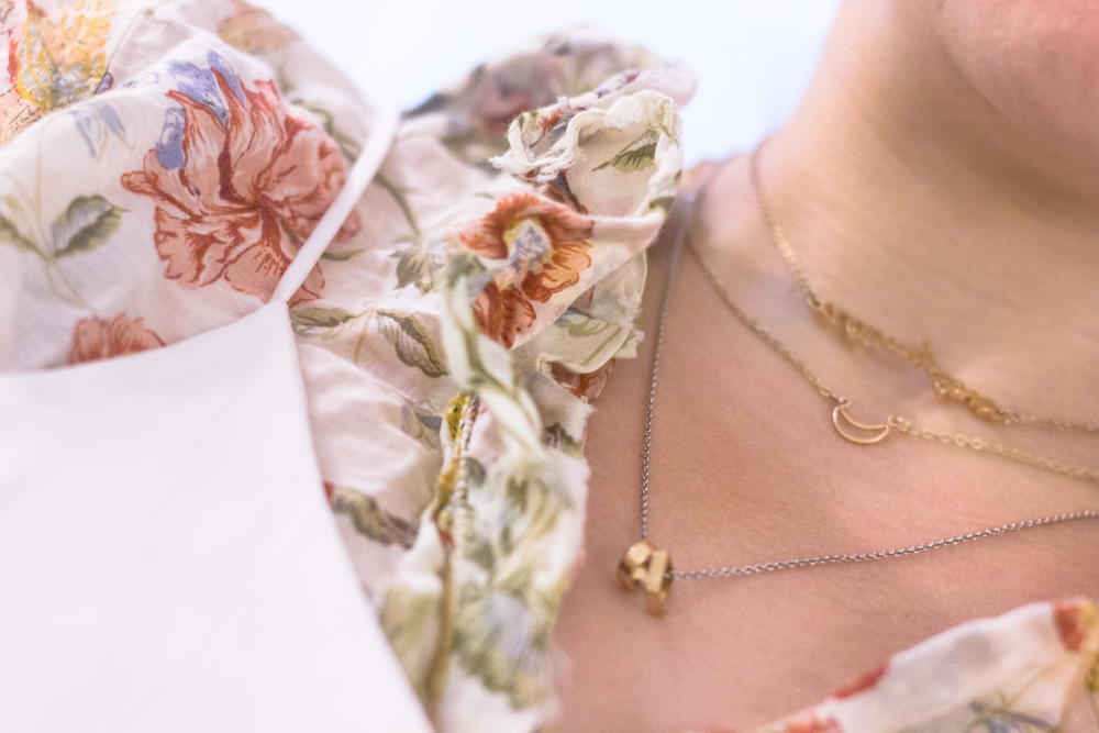 how-to-style-a-floral-ruffled-shirt-fashion-paradoxes-photos-7