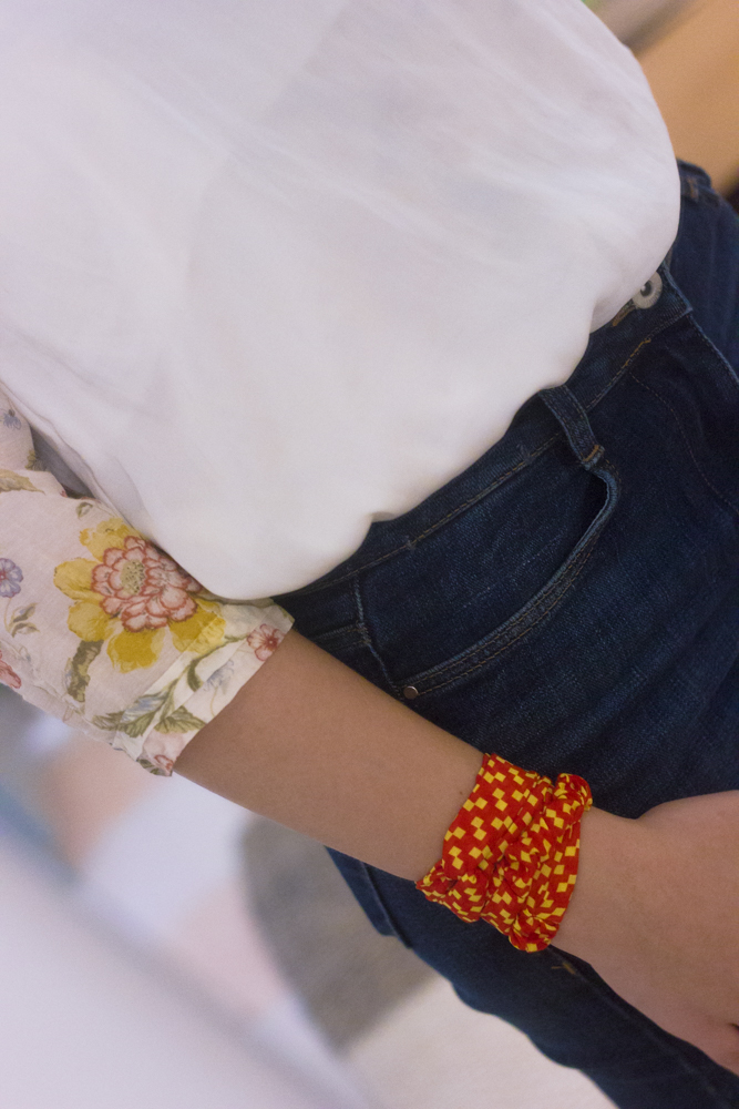 how-to-style-a-floral-ruffled-shirt-fashion-paradoxes-photos-12