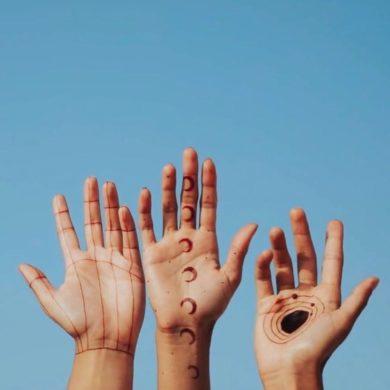 henna nails art design