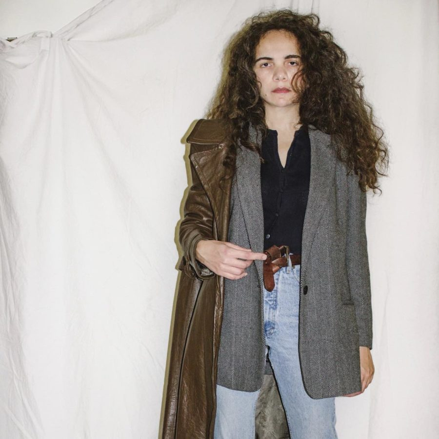 How To Wear One Blazer In Transition Weather Three Ways